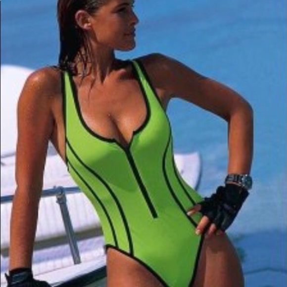 fine quality distinctive style double coupon vintage pinup retro zip up swimsuit